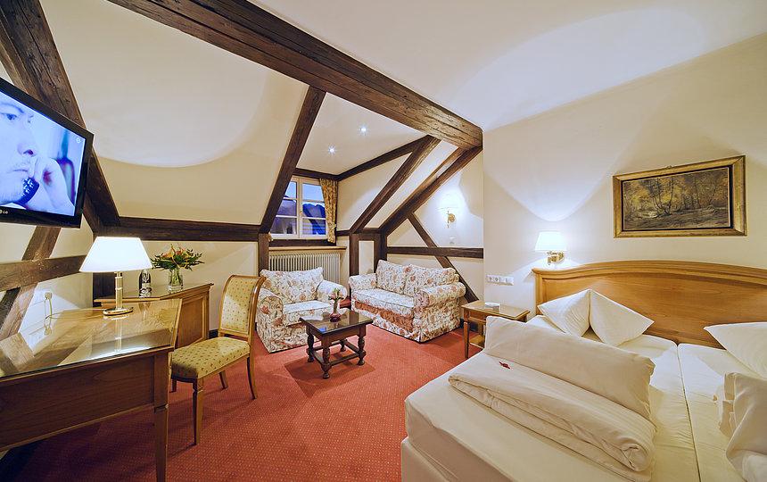 Romantik-Zimmer - behagliche Mansarden ©Wolfgang Retter