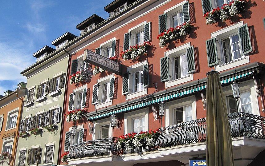 Hotel Ansicht Terrasse (Sommer) ©Vergeiner's Hotel Traube