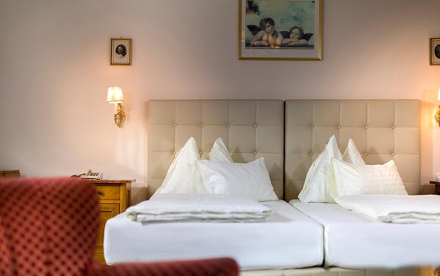Doppelzimmer Biedermeier-Stil ©Martin Lugger